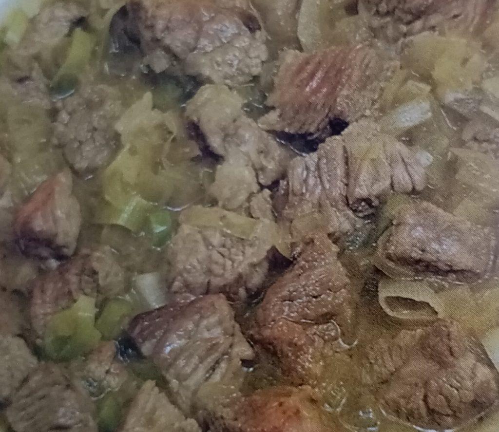 mollejas braseadas con puerros de alava