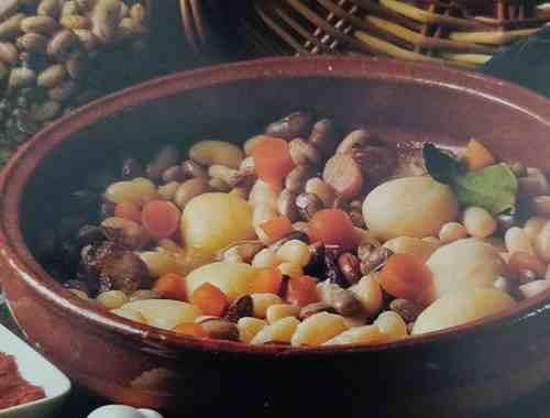cocido de alubias navarro